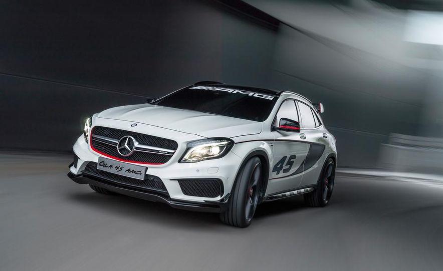 2015 Mercedes-Benz GLA45 AMG - Slide 23