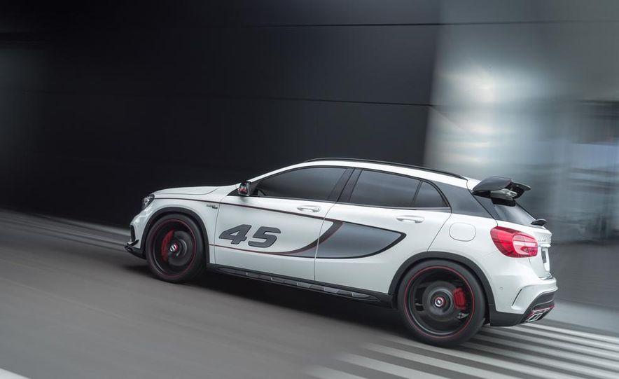 2015 Mercedes-Benz GLA45 AMG - Slide 27