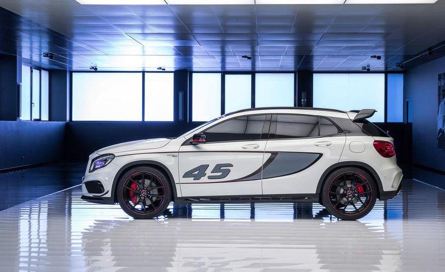 2015 Mercedes-Benz GLA45 AMG - Slide 36