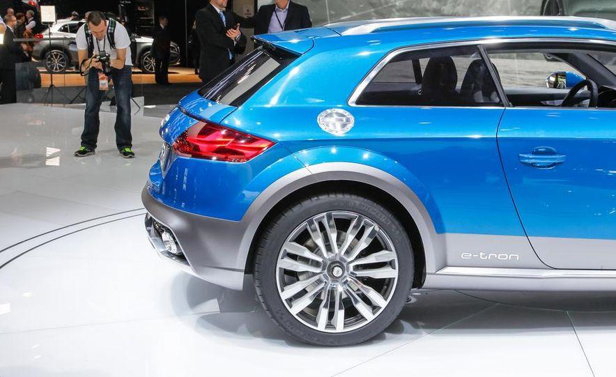 Audi Allroad Shooting Brake concept - Slide 21