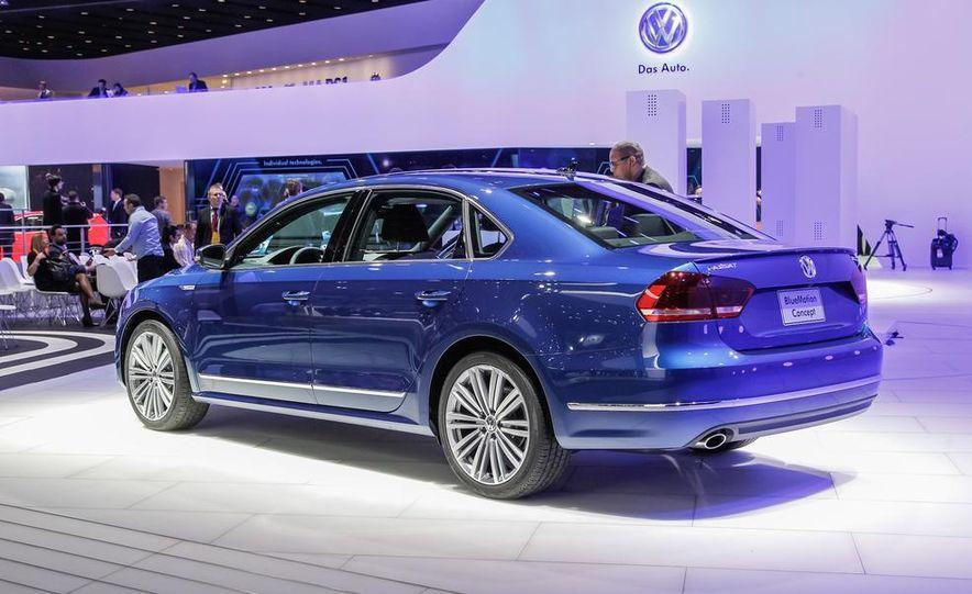 Volkswagen Passat BlueMotion concept - Slide 3