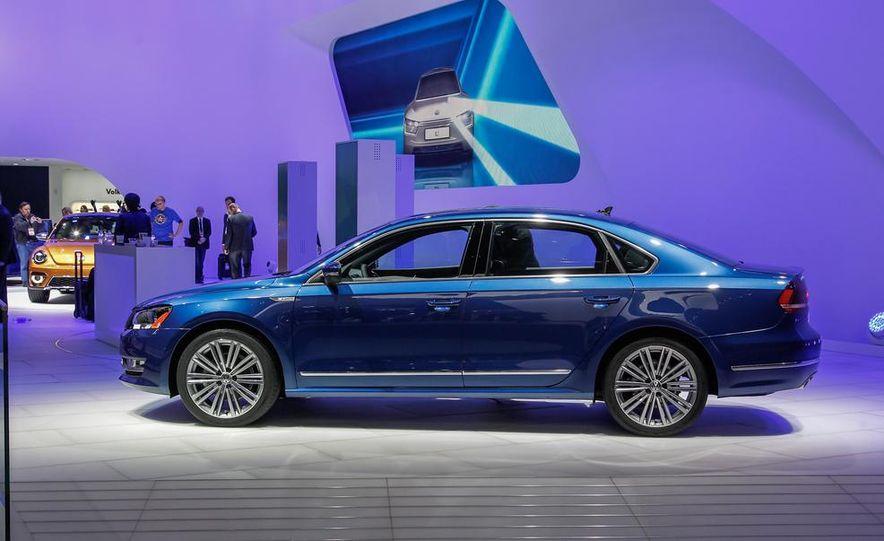 Volkswagen Passat BlueMotion concept - Slide 5