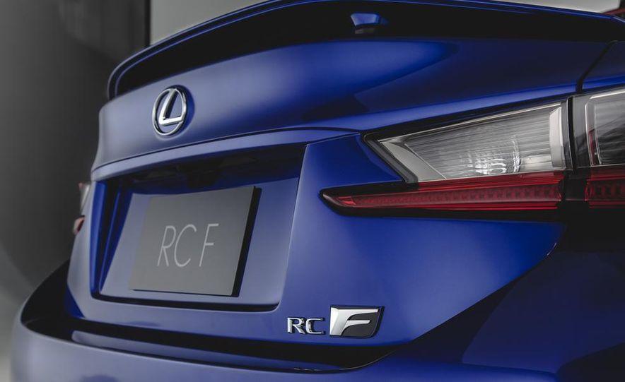 2015 Lexus RC F - Slide 16