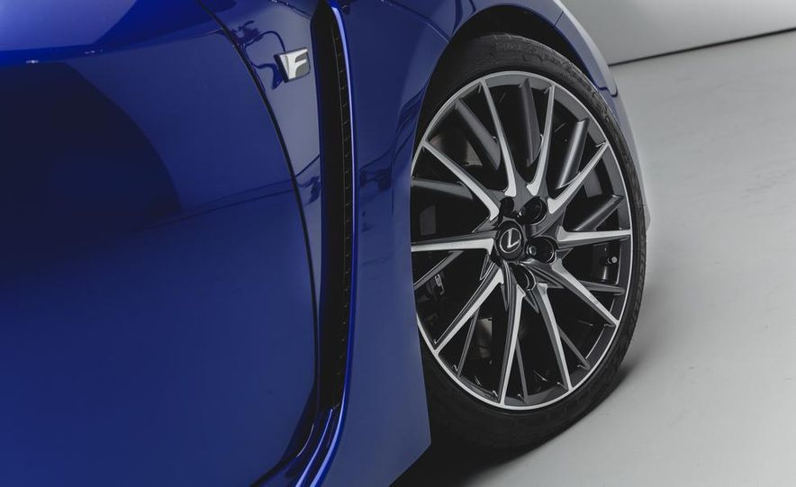2015 Lexus RC F - Slide 13
