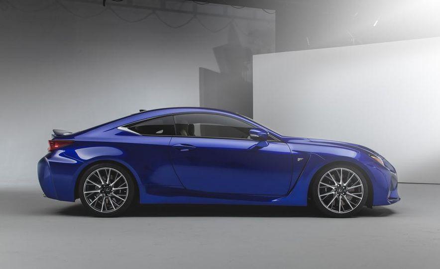 2015 Lexus RC F - Slide 4