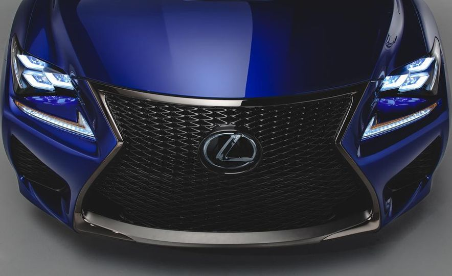 2015 Lexus RC F - Slide 7
