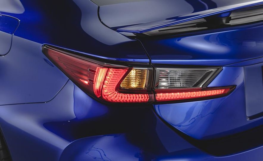 2015 Lexus RC F - Slide 17