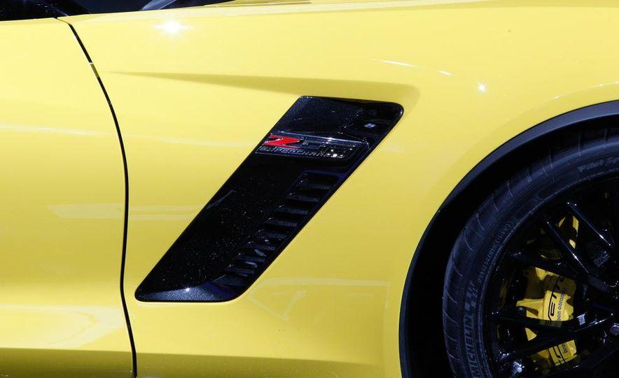 2015 Chevrolet Corvette Z06 - Slide 30