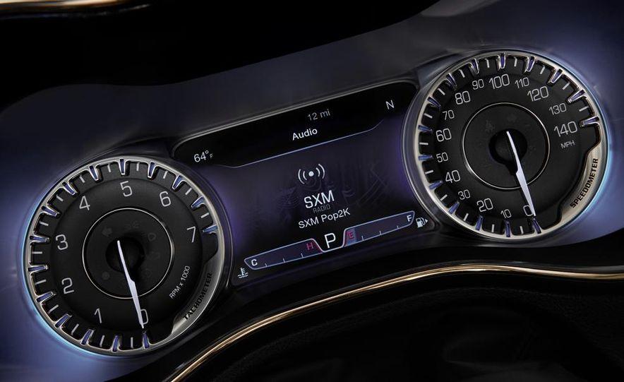 2015 Chrysler 200C - Slide 35