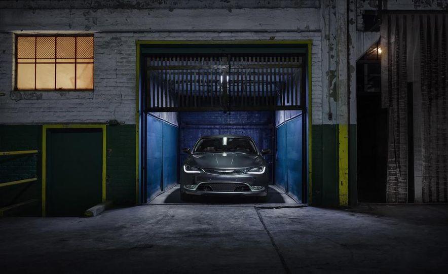 2015 Chrysler 200C - Slide 11