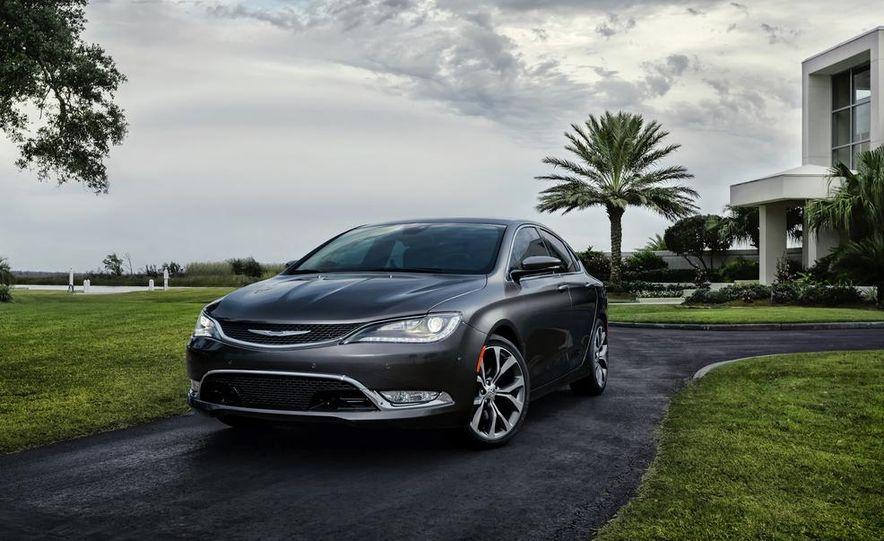 2015 Chrysler 200C - Slide 18
