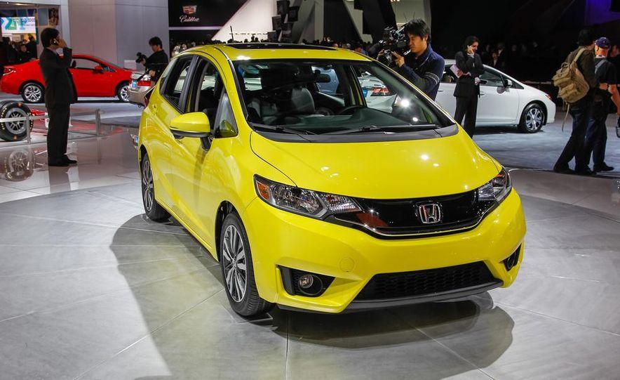 2015 Honda Fit - Slide 1