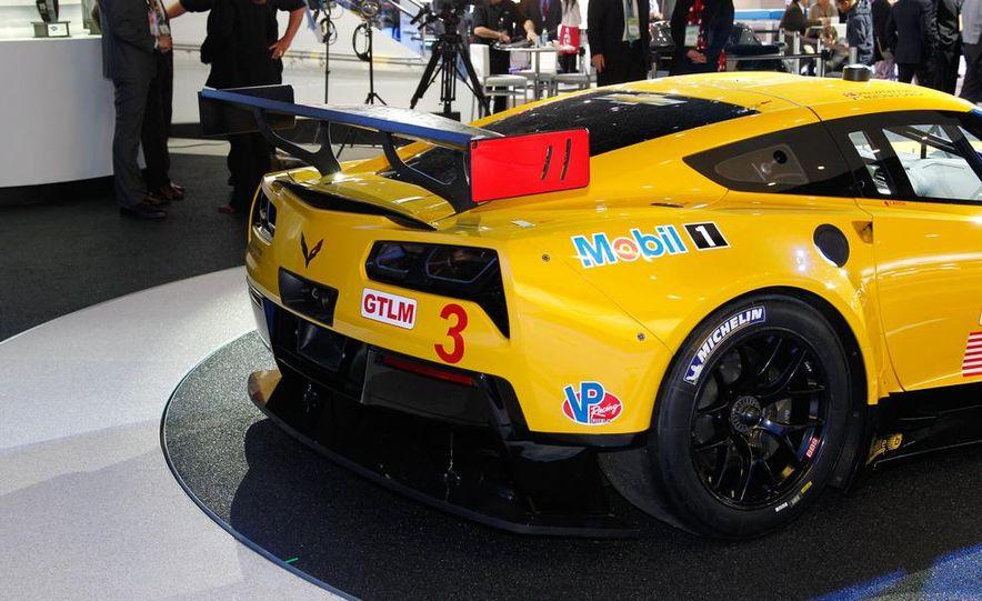 Corvette C7.R race car - Slide 10