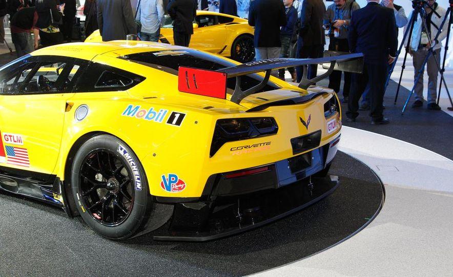 Corvette C7.R race car - Slide 12