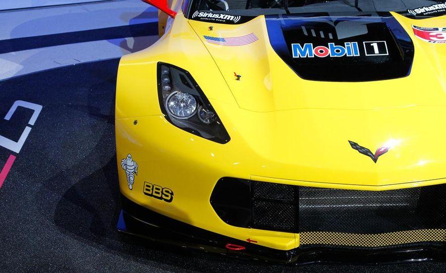 Corvette C7.R race car - Slide 13