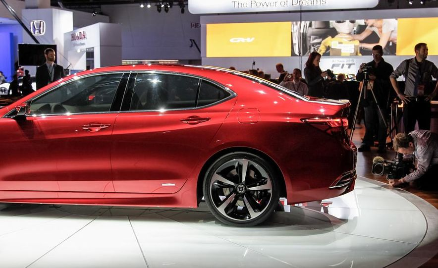 Acura TLX concept - Slide 14