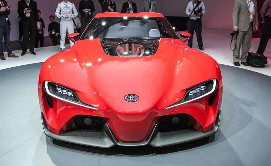 Toyota FT-1 concept - Slide 1