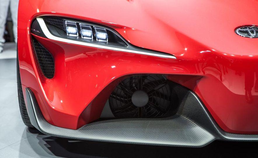 Toyota FT-1 concept - Slide 5