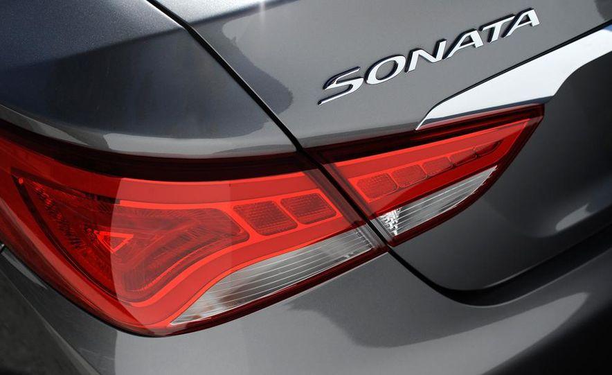 2015 Hyundai Sonata (spy photo) - Slide 19