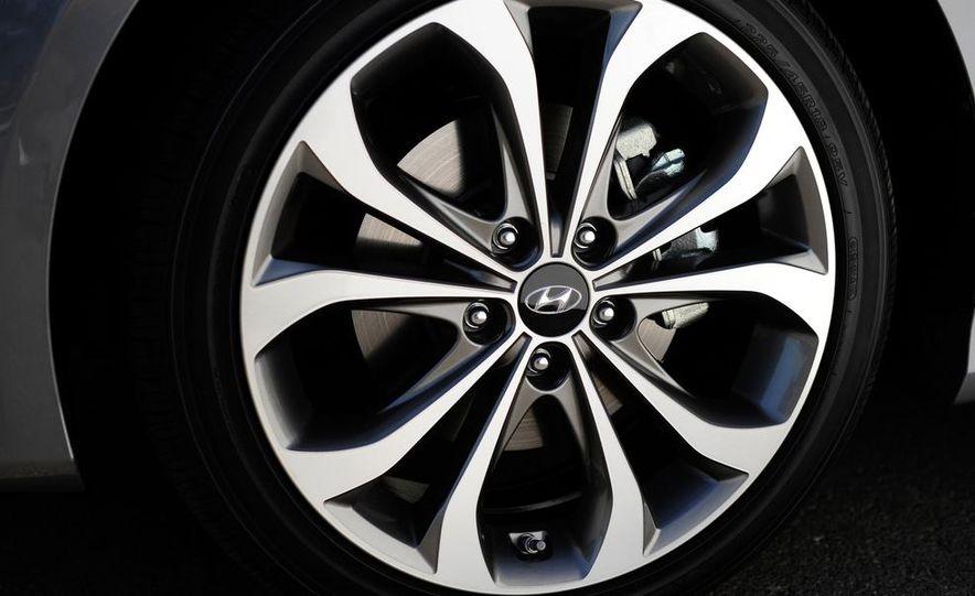 2015 Hyundai Sonata (spy photo) - Slide 25
