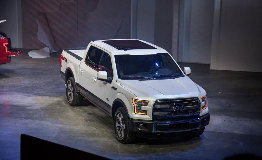 2015 Ford F-150 - Slide 17