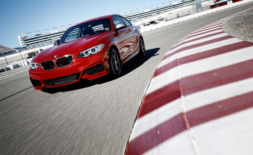 2014 BMW M235i coupe - Slide 1