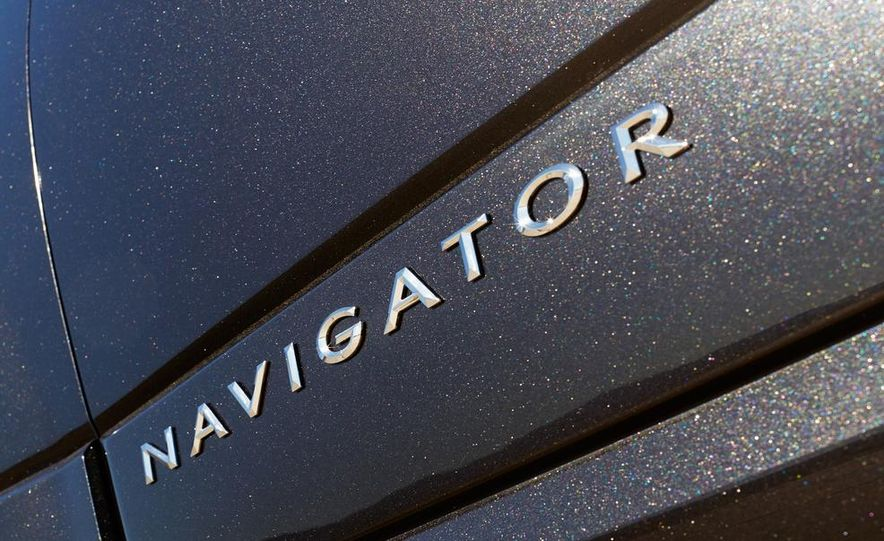 2015 Lincoln Navigator L - Slide 43
