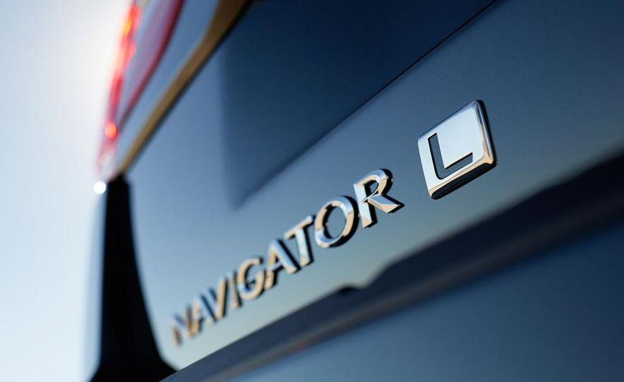 2015 Lincoln Navigator L - Slide 45