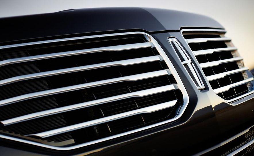 2015 Lincoln Navigator L - Slide 40