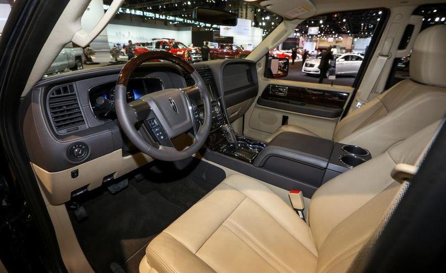 2015 Lincoln Navigator L - Slide 14