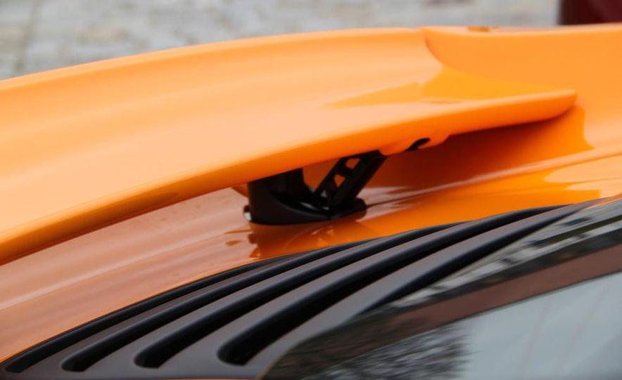 2014 McLaren 12C coupes - Slide 18