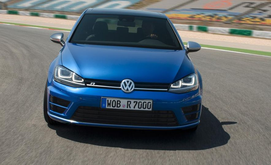 2015 Volkswagen Golf R drive event - Slide 11