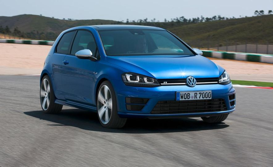 2015 Volkswagen Golf R drive event - Slide 12