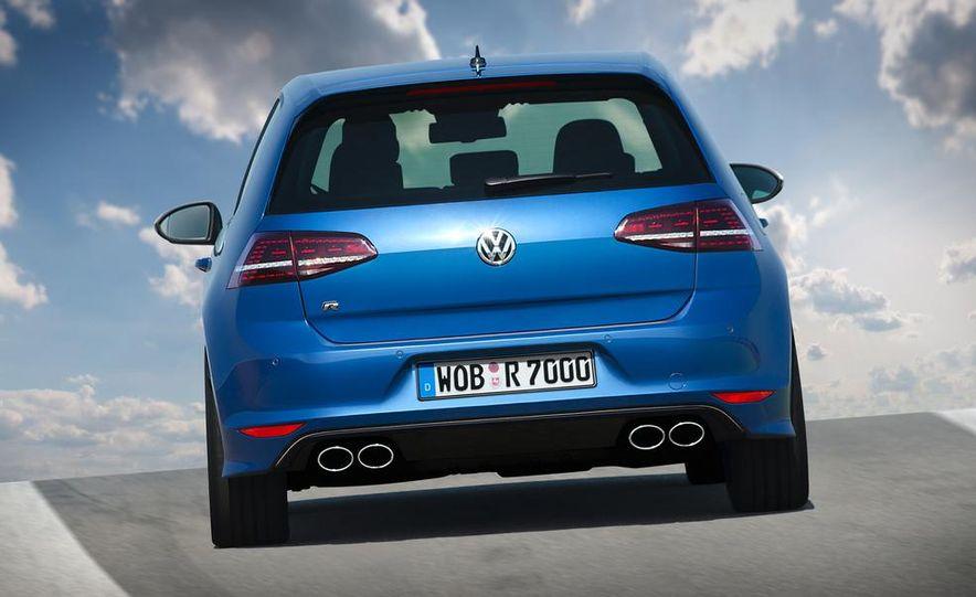 2015 Volkswagen Golf R drive event - Slide 17