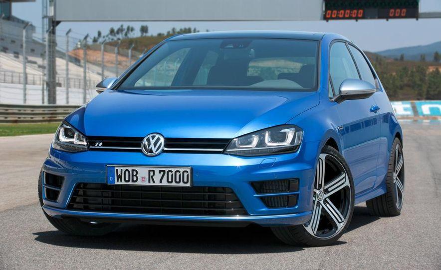 2015 Volkswagen Golf R drive event - Slide 18