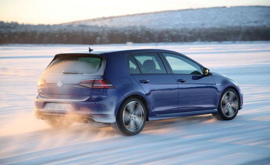 2015 Volkswagen Golf R drive event - Slide 6