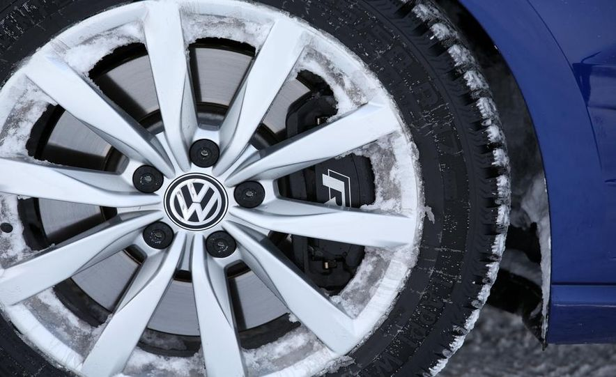 2015 Volkswagen Golf R drive event - Slide 7