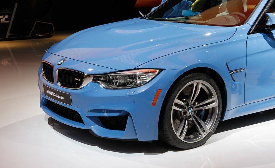 2015 BMW M3 sedan - Slide 13