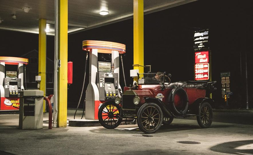 2013 Tesla Model S P85 and 1915 Ford Model T - Slide 53