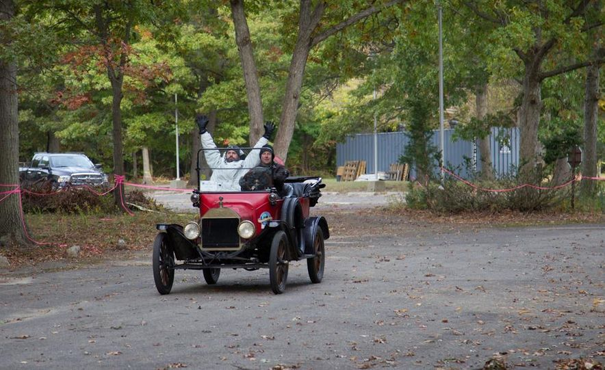 2013 Tesla Model S P85 and 1915 Ford Model T - Slide 83