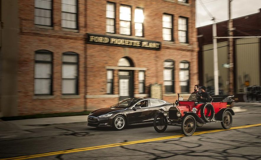 2013 Tesla Model S P85 and 1915 Ford Model T - Slide 1