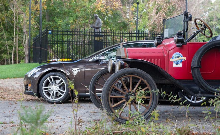 2013 Tesla Model S P85 and 1915 Ford Model T - Slide 88