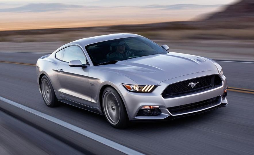 2015 Ford Mustang and GT convertible - Slide 20