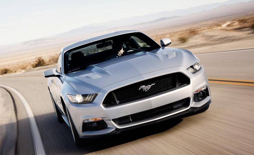 2015 Ford Mustang and GT convertible - Slide 21
