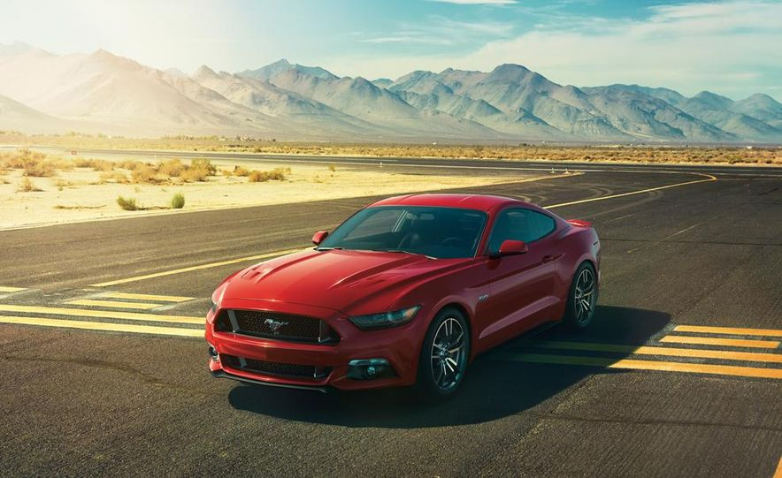 2015 Ford Mustang and GT convertible - Slide 30