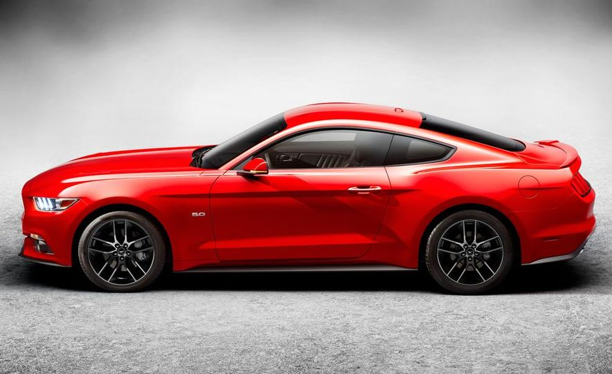 2015 Ford Mustang and GT convertible - Slide 58