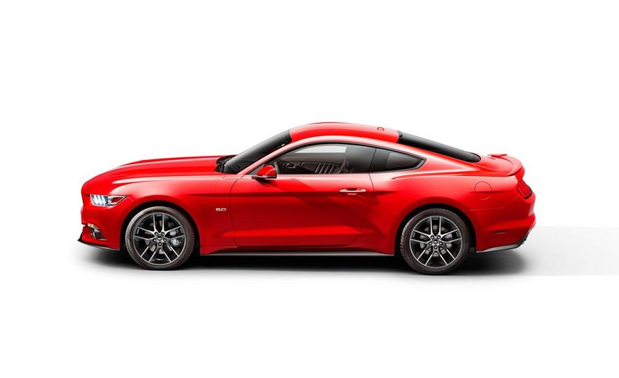 2015 Ford Mustang and GT convertible - Slide 60