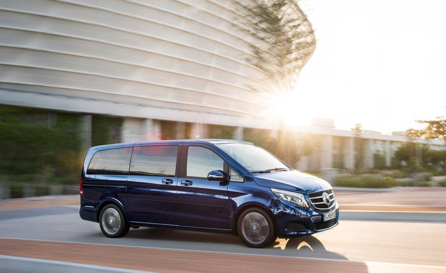 2015 Mercedes-Benz V 250 BlueTec - Slide 4