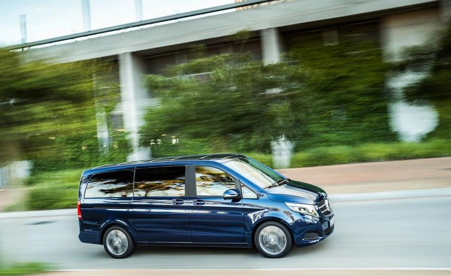 2015 Mercedes-Benz V 250 BlueTec - Slide 5