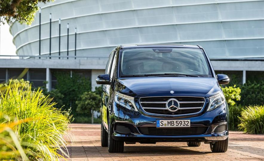 2015 Mercedes-Benz V 250 BlueTec - Slide 8